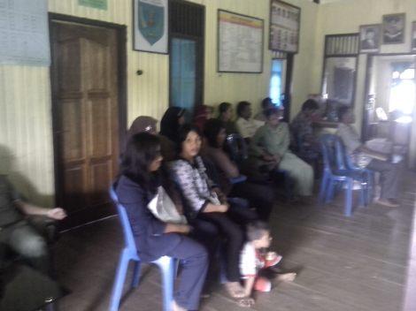 Kegiatan Penyuluhan Bahaya Rokok dan Sosialisasi Perda KTR Di Kampung  Kayu Indah
